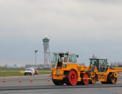 Schiphol's Polderbaan Runway Closed for 13 Weeks for Maintenance