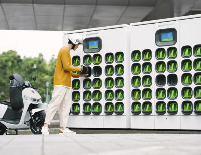 Gogoro Network Battery Swapping Heads to China