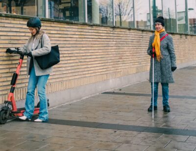 Voi Adds Artificial Noise to e-Scooters in Trial with RNIB