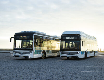Toyota Co-brands Zero-Emission Buses with CaetanoBus